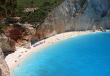 Porto Katsiki è una delle spiagge dell'isola greca Lefkada