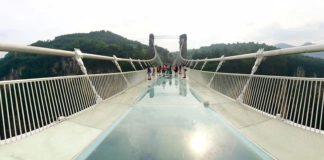 ponte di vetro