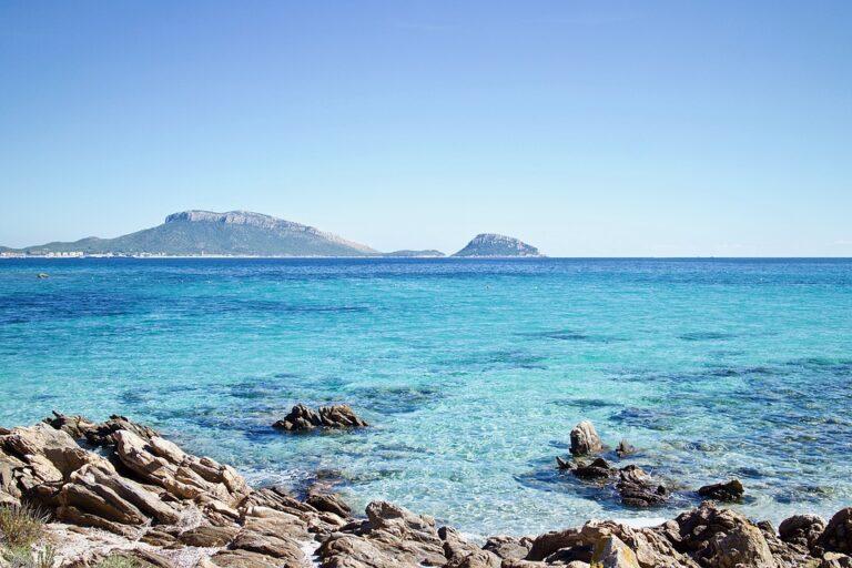 Guida Blu 2019: i mari più puliti, i laghi più belli e i comuni plastic free